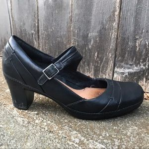 Clarks Artisans #82796 Black Mary Jane Pumps Wom-9